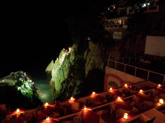 La Quebrada: View of the cliff diving from our table