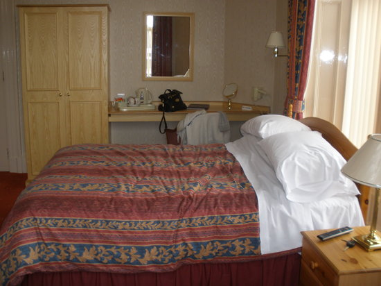 Station Hotel: Room 7, a very large family room!