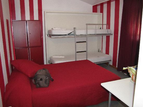 Revolutum Hostel: Chambre
