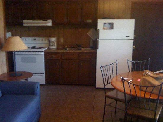 Incroyable Lake Tenkiller State Park: Kitchen From Living Room