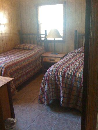 Genial Lake Tenkiller State Park: BR1   Twin Beds