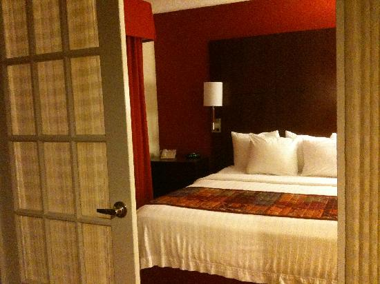 Residence Inn Atlanta Airport North/Virginia Avenue : bedroom number 1