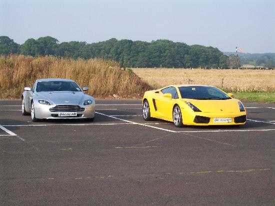 DriveMe Driving Experience: The Aston and Lamborghini