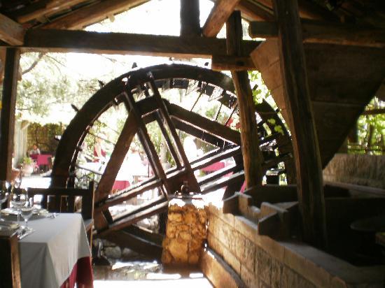 Stari Mlini Restaurant: la ruota ancora in funzione