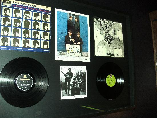 Malmaison Liverpool: Beatles memorabilia on 2nd floor