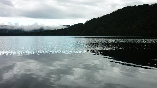 Lake Brunner Resort: lake brunner