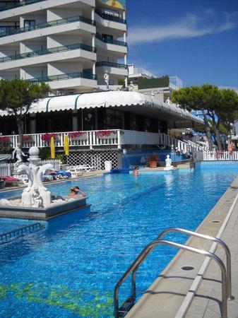 Photo of Hotel Carlton Jesolo Lido