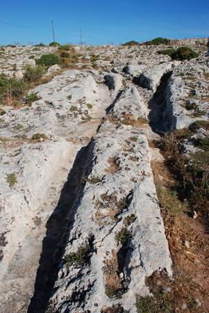 ‪Dingli Cart Ruts (Clapham Junction) and Caves‬