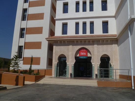 Ibis Tlemcen: entrée hotel