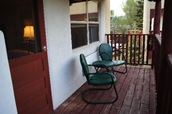 El Pueblo Lodge: Loved the porch!