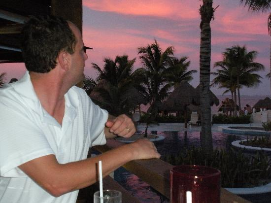 Excellence Playa Mujeres : Sunset while at The Grill