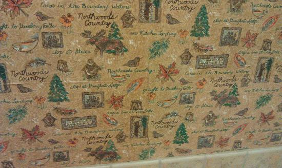 Great Wolf Lodge: wallpaper bathroom