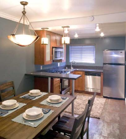 Oceanside Marina Suites: Suites With Full Kitchens