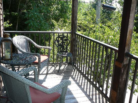 Apple Gate Inn B&B: The personal balcony