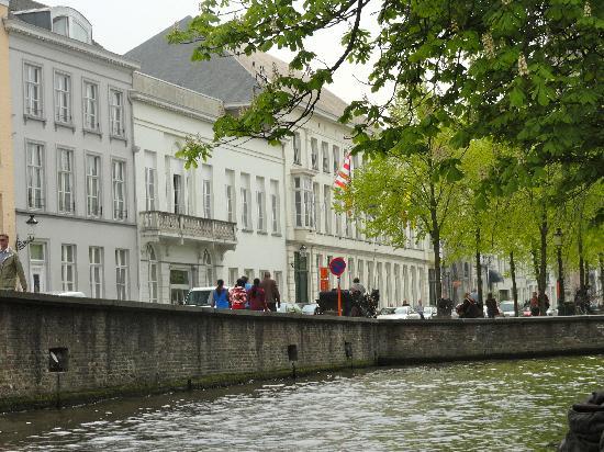 Hotel De Tuilerieen: Esterno