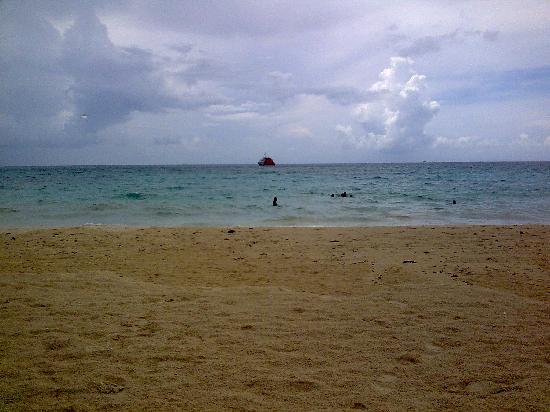 Lloviendo en Playa del Carmen. Riviera Maya. Mexico