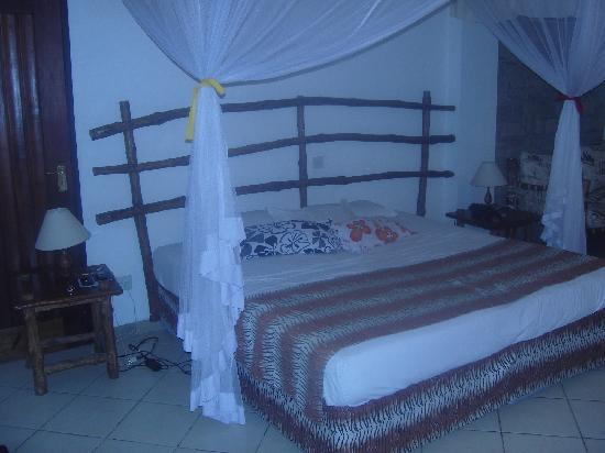 Kahama Hotel: Guest bed
