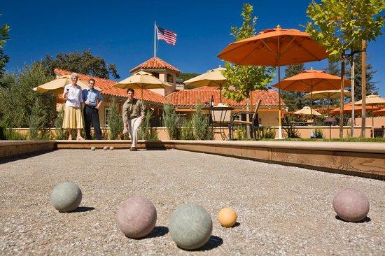 Napa Valley Lodge: Bocce Ball