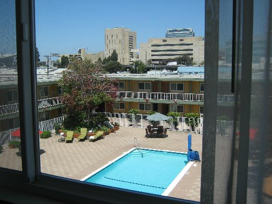 Z Hotel Jack London Square: view from our room