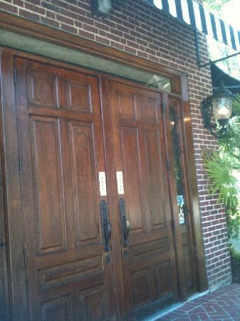DI Prato's: The entrance to Di Pratos.