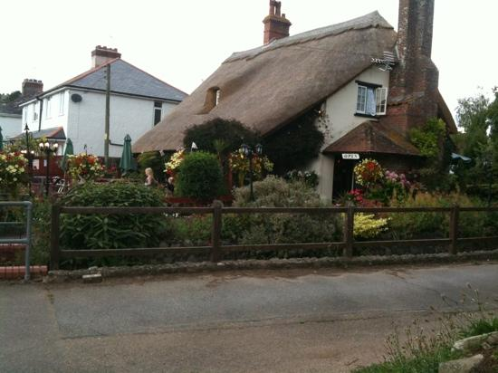 Tythe Cottage Restaurant: beautiful property, didn't come up to expectations