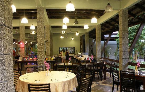Sungkai, Malasia: Meranti Coffee House