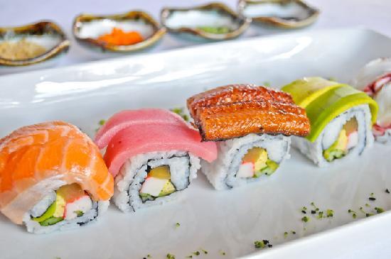 Hotel Cara: Fushion Sushi California Roll