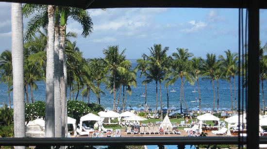 Grand Dining Room at Grand Wailea Resort: The view from my table at the Grand Dining Room
