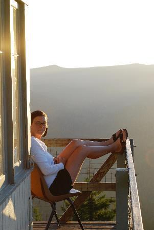 Bald Knob Lookout : Enjoying the evening view.