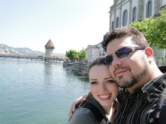 สะพานชาเปล: My wife and upstream from the bridge