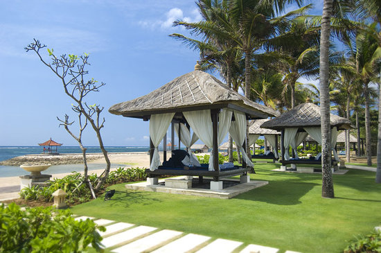 Conrad Bali: Relaxing beachfront location