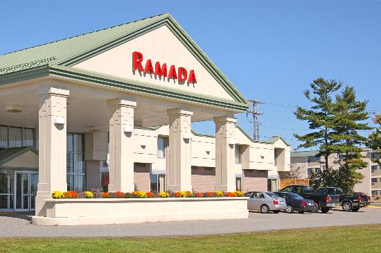 Ramada by Wyndham Bangor: Your view from the street