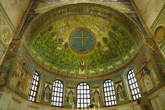 Basilica di Sant'Apollinare in Classe: Apse