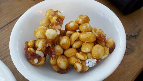 "Lucky Pie Pizza: The ""Joe's Nuts"" appetizer"