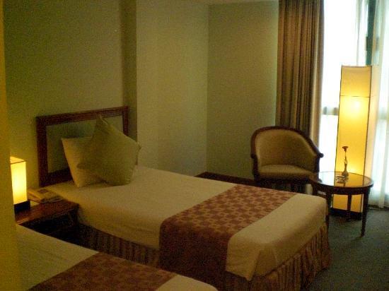 Ramana Hotel Saigon: 禁煙ルームとの案内だったが灰皿が。タバコ臭せず快適だった