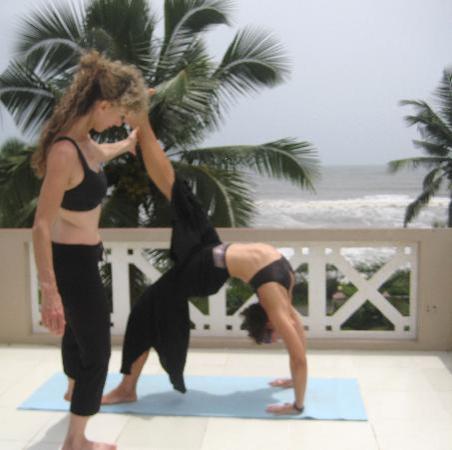Asokam Beach Resort: Beautiful rooftop for yoga