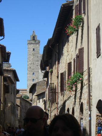 Residenza d'Epoca Palazzo Buonaccorsi: Via d'accesso alla struttura