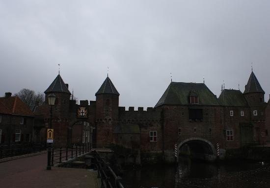 City Gates: The Koppelpoort (gate)