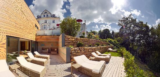 Hotel Villa Hugel: Aussenansicht