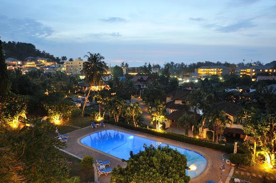 Pen Villa Hotel: Balmy tropical evenings