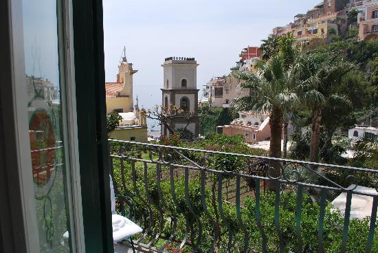 Hotel Palazzo Murat: vista dalla camera (n° 25)