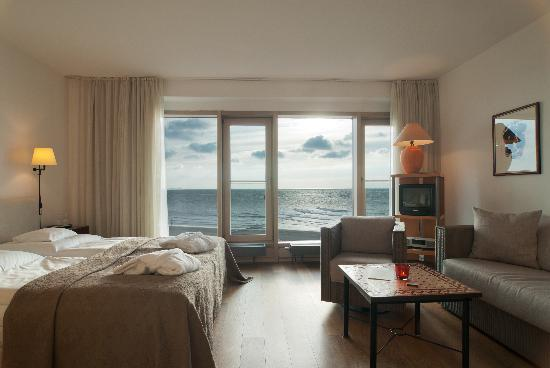 doppelzimmer bild von hotel haus am meer norderney. Black Bedroom Furniture Sets. Home Design Ideas