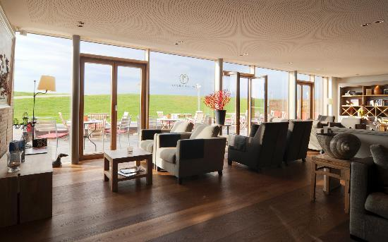 haus am meer und seesteg bild von hotel haus am meer norderney tripadvisor. Black Bedroom Furniture Sets. Home Design Ideas