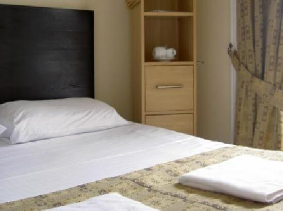 Merith House Hotel: Double Room
