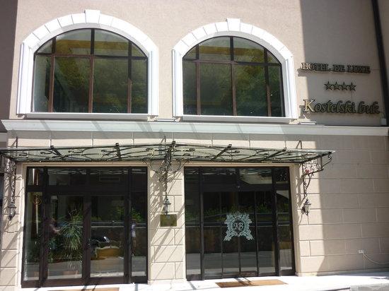 Hotel Kostelski Buk: Entrance