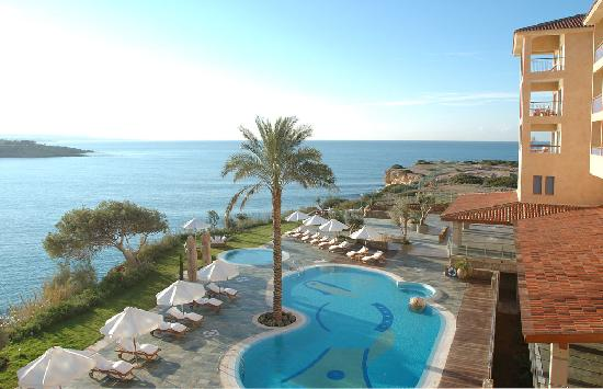 SENTIDO Thalassa Coral Bay : Coral Bay and pool view