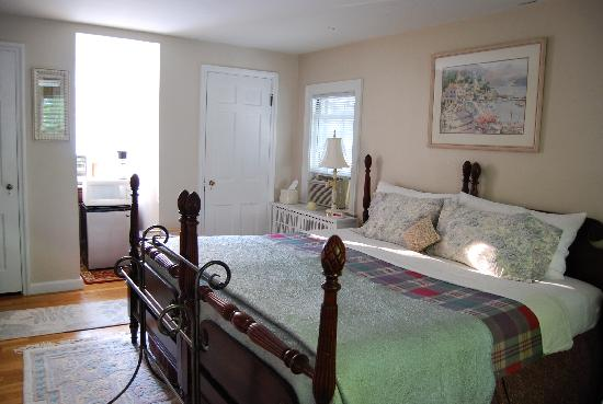 Wellesley Bed Breakfast Honeymoon Room W King 2 Twin Beds