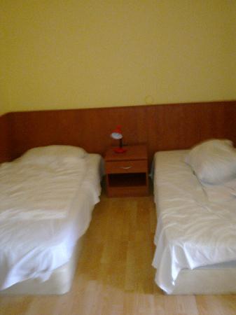 Pension Madara 2 - Hotel in Hernals: Bedroom 2
