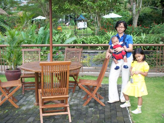 The La Oma Hotel Resto: Garden 1