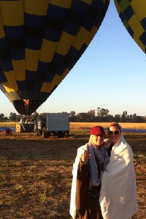 Balloons Above the Valley: make sure you wear some layers. us Texas girls forgot to pack some! its pretty chilly!